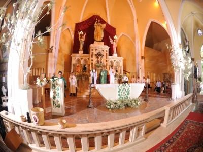 paróquia cristo rei - altar