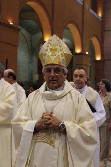 Nuncio_11.04.13